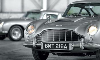 """""""Aston Martin"""" šlovės valanda naujausioje Bondiados dalyje"""