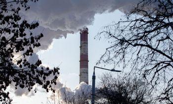 Dujų krizės Europoje sąlygomis CO2 emisijos kainos pirmąkart pasiekė 65 Eur/t