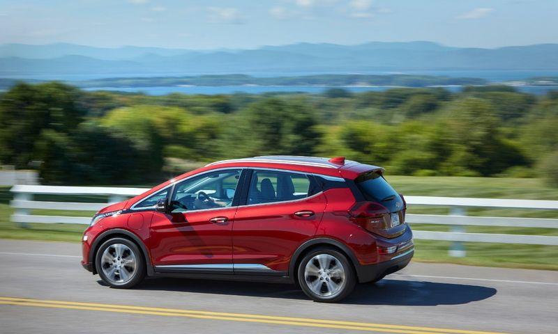 "GM buvo priverstas atšaukti visus ""Chevrolet Bolt"" elektromobilius. ""General Motors Co."" nuotr."