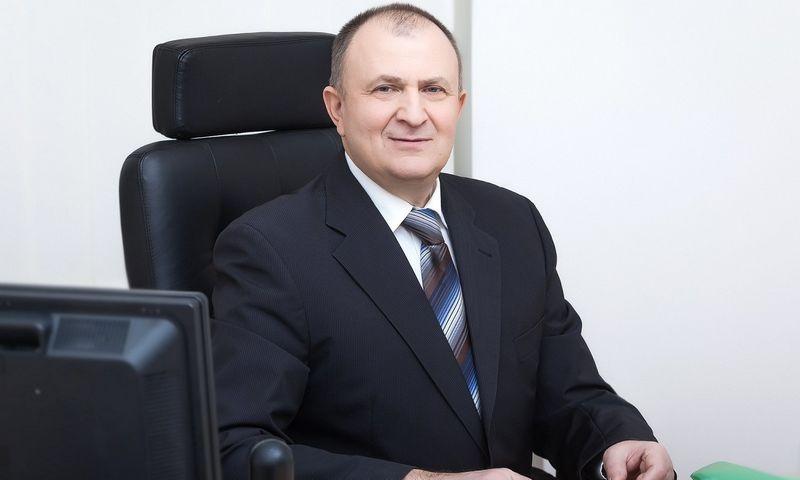 Artūras Bakšinskas, Lietuvos gyvybės draudimo įmonių asociacijos prezidentas.