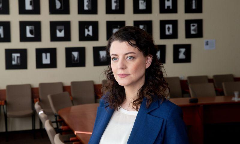 Monika Navickienė, socialinės apsaugos ir darbo ministrė, tvirtina neketinanti nieko keisti. Juditos Grigelytės (VŽ) nuotr.