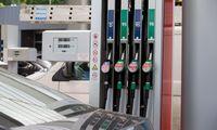 Degalų kainos dar kils – atoslūgio tikimasi kitąmet