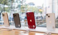 """Dėl lustų trūkumo """"Apple"""" greičiausiai mažins """"iPhone 13"""" gamybos apimtis"""