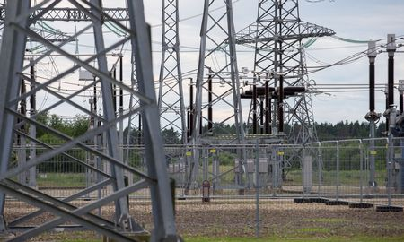 Elektros visuomeninio tiekimo kainos riba auga 18%