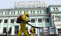 Rusijoje skelbiama nedarbo savaitė COVID-19 atvejų skaičiaus augimui stabdyti