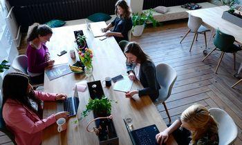Kaip personalizuoti papildomas naudas skirtingų sričių darbuotojams? Trijų Lietuvos įmonių patirtis