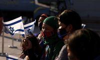Izraelis skelbia pastatysiantis per 1.300 būstų naujakuriams Vakarų Krante