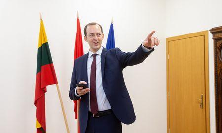 Susisiekimo ministras tikisi iki 15-kos tiesioginių skrydžių svarbiausiomis kryptimis