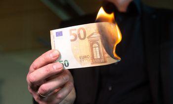 Dalinę užuovėją nuo infliacijossantaupoms siūlomažasis rinkos kraštas