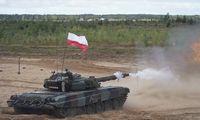 Lenkija planuoja drastiškai stiprinti kariuomenę, dvigubinti karių skaičių